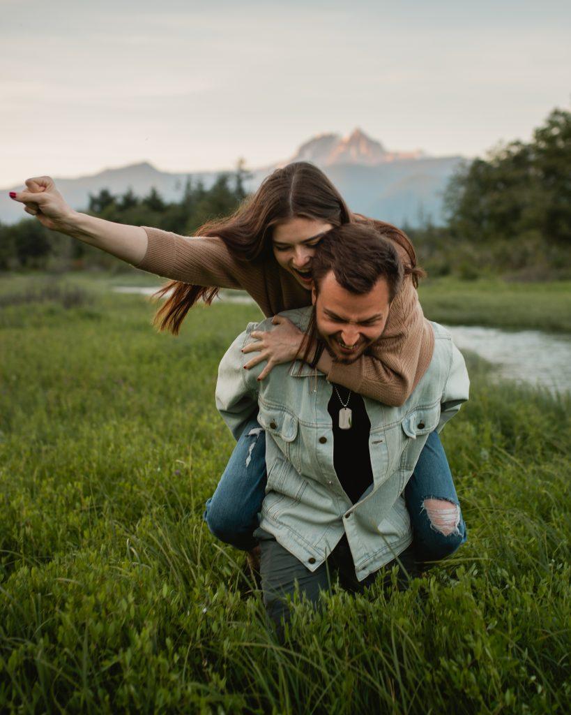 squamish Engagement Couple Vancouver Photographer Elopement spit