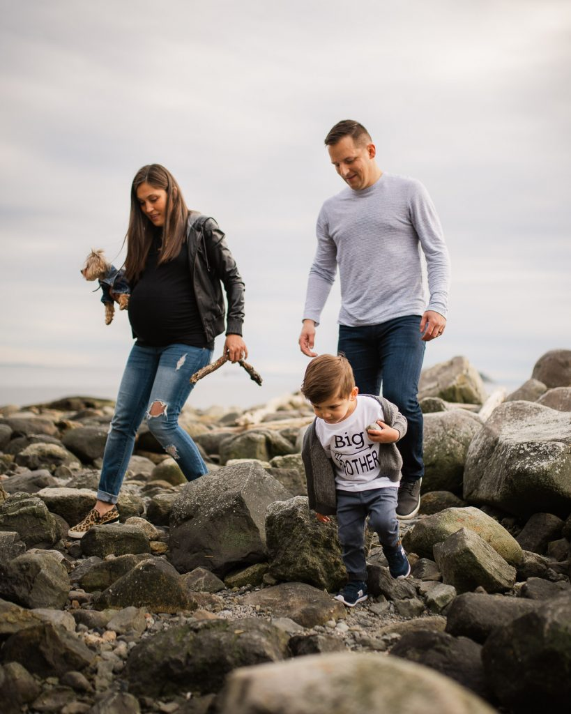 Family walking on rocks in Vancouver photography