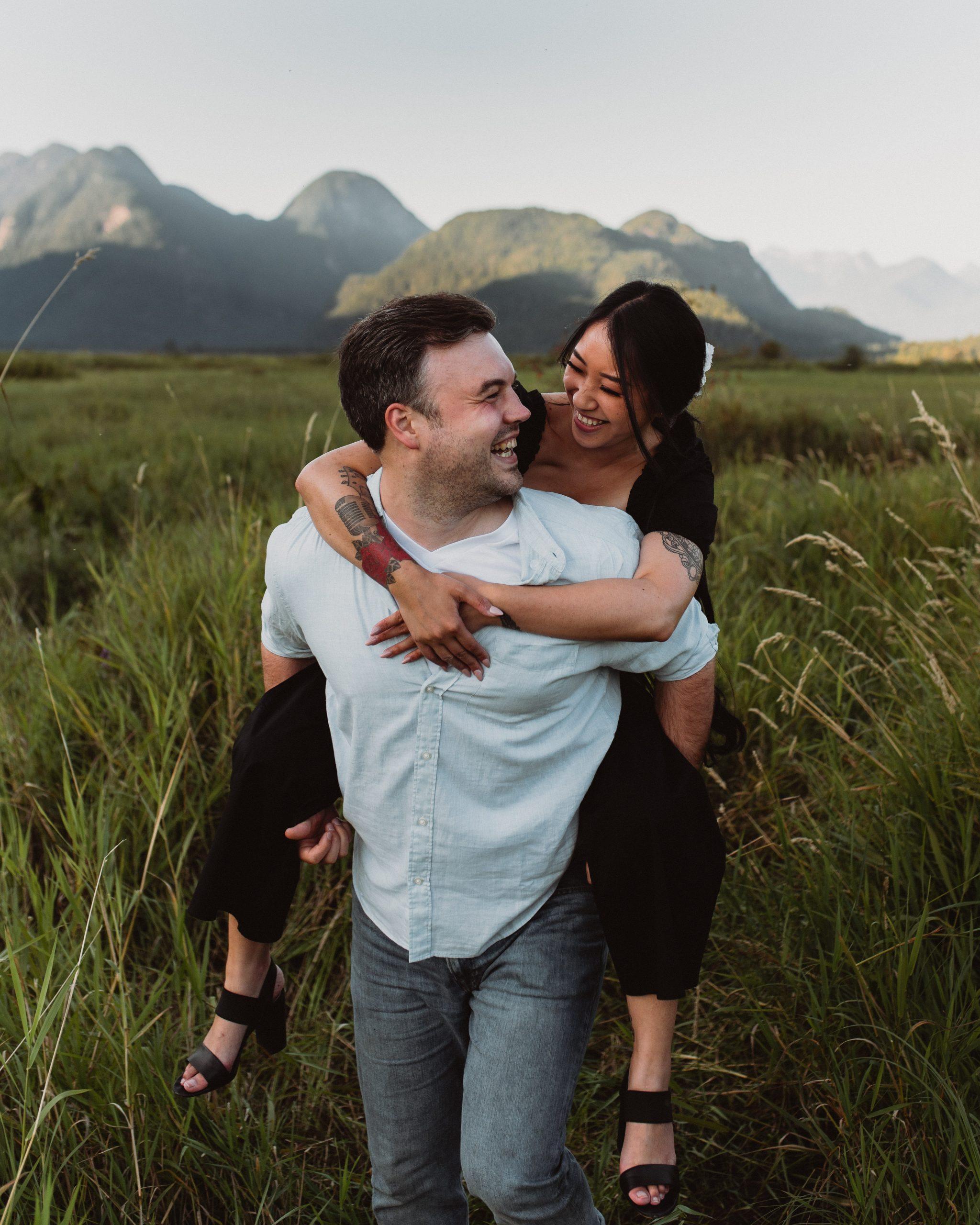 Couple kissing on pitt meadows lake road
