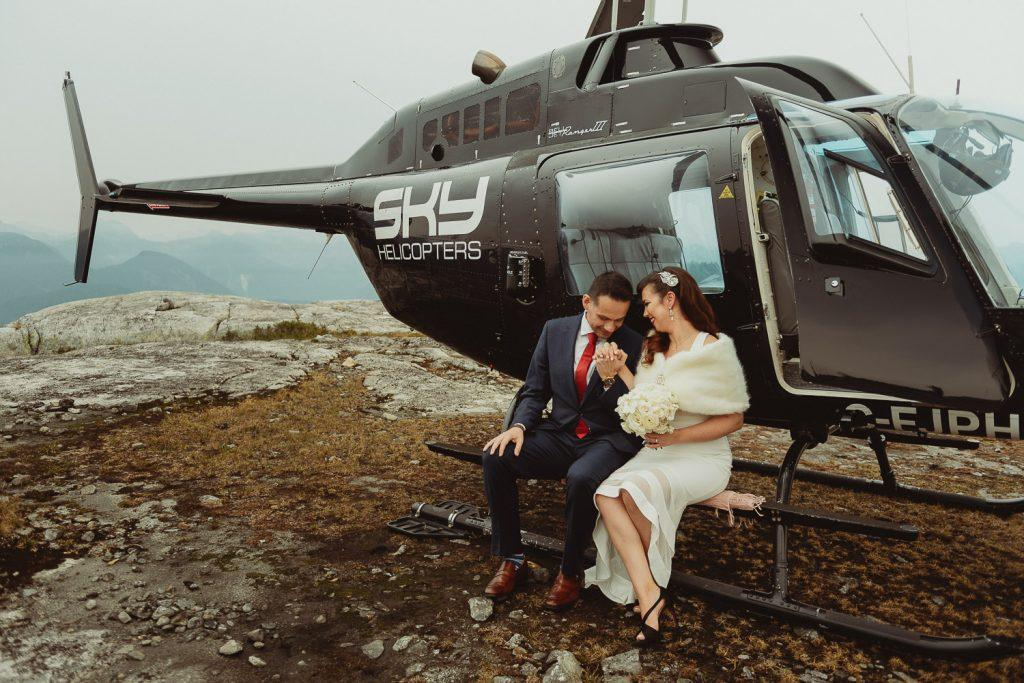 helicopter elopement on vancouver mountain